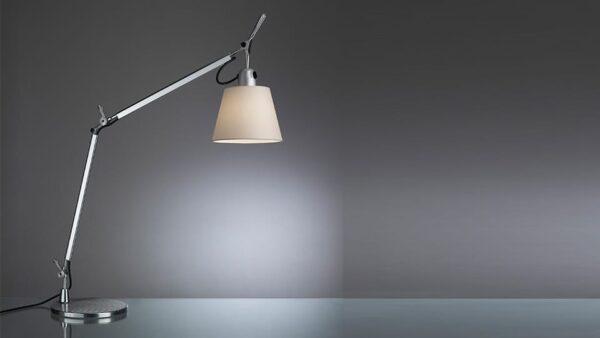 tolomeo artemide michele de lucchi lampada da tavolo