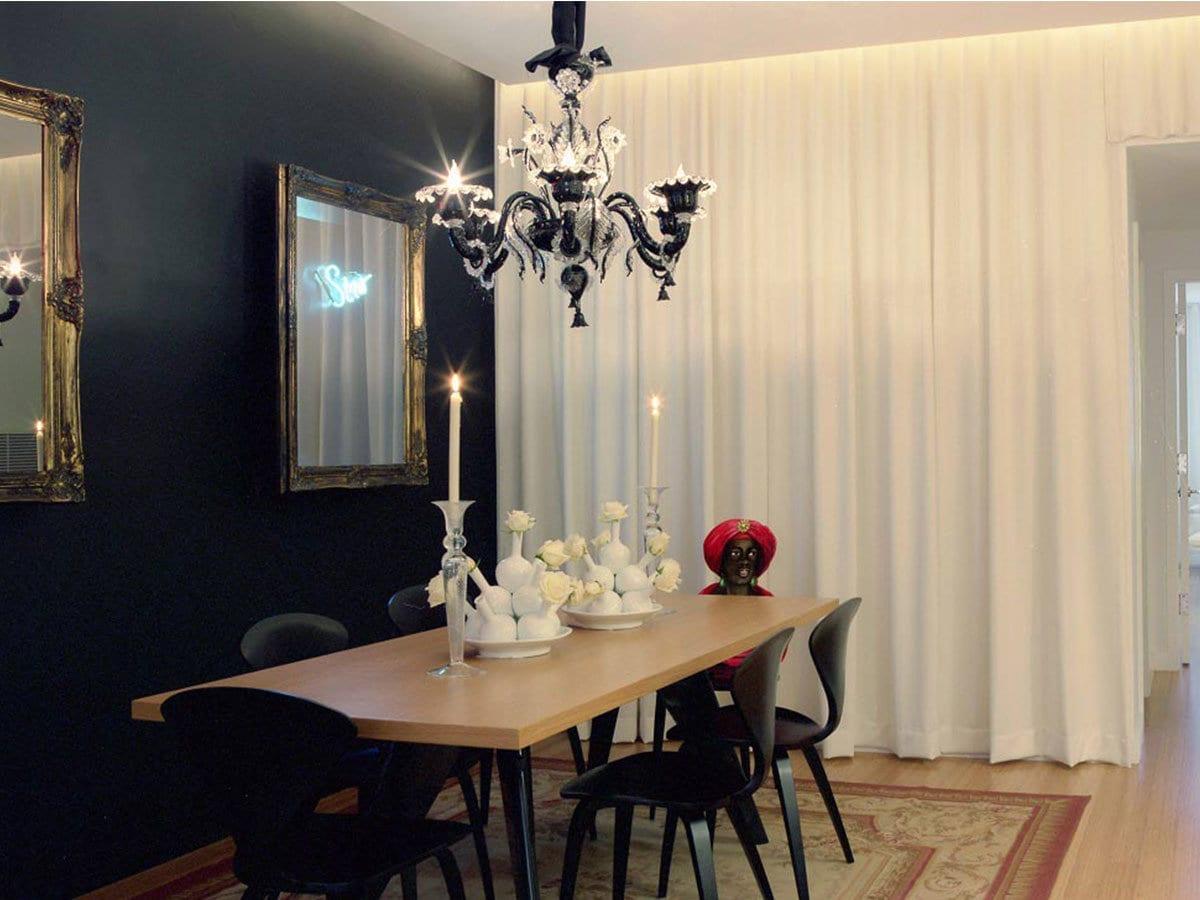 Classic chandeliers by Possoni Illuminazione