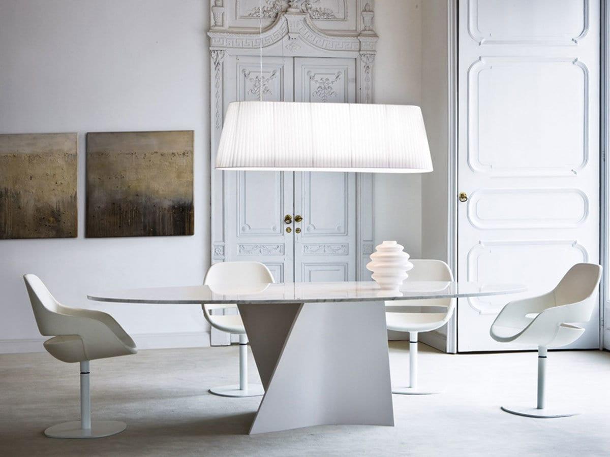 Tavolo Saarinen Usato : Lampadario sul tavolo lampadario antico usato