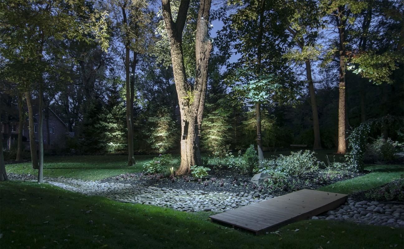 Come illuminare il proprio giardino lid design
